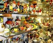 Сувениры в Италии очень яркие, каждый может создать настроение!