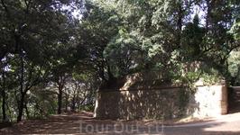 На пути к древнеримскому мавзолею