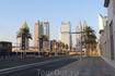 Одна из улиц Дубая. У них нет названий, только район и номера домов.