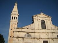 церковь Св.Эвфимии была построена в 18 веке в Венецианском стиле.