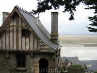 Дом-музей Бертрана де Гесклена, бретонского рыцаря, коннетабля Франции. Практически в каждом бретонском городе вы найдёте какое-нибудь упоминание об этом ...