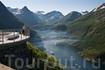 Смотровая площадка с видом на Гейрангер-фьорд. Дорога орлов. Регион фьордов. Foto: CH/Innovation Norway