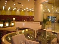 лобби  в нашем отеле