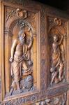 Резные ворота церкви