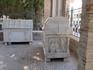 Старинные саркофаги-использовались несколько раз