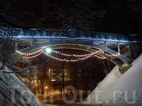 """Чертов мост """"Курадисильд"""".  Мост построили в 1913 году к 300-летнему юбилею династии русских царей Романовых."""