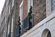 Балкончики соревнуются.