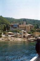 Монастырь Дохиар, греческий, 11 век, 8 ноября Святые Архангелы Михаил и Гавриил.