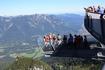 платформа AlpspiX висит на 1000м высоте над долиной, а высота над ур. моря - 2080м.