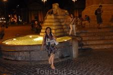 """Рим. Piazza del  Popolo. В  центре  площади   обелиск  """" Фламинио"""" ( obelisca Flaminio)- самый высокий  в Риме - 24 м, а с постаментом  36м.  Обелиск привез ..."""