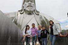 Смотровая площадка на голове коня внутри памятника Чингисхану