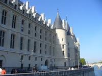 Консьержери - самая старая тюрьма французской столицы