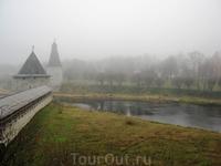 место слияния рек Псковы и Великой