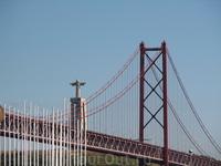 мост 25 апреля и статуя Христа