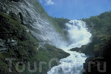 Знаменитый водопад Кьосфоссен. Foto: Rolf M. Sorensen/Flaam Utvikling as