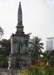 Монумент Магеллану.