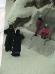 www.kempinski-dubai.com  зима на один-два часа, очень популярное дело))))