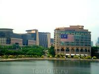 река Сингапур.Особняк в Сингапуре