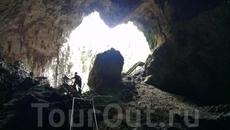 На выходе из пещеры Mammoth Cave.