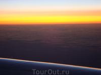 Летим назад и любуемся закатом...