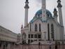 Кремль. Мечеть Кул-Шариф и Юнкерское училище. Мечеть Кул-Щариф - главный мусульманский храм Казани и Татарстана. Открыта в 2005 году. Названа в честь ...