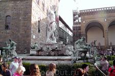 Фонтан Нептун у площади Сеньории.