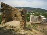 крепость -развалы готической церкви и маяка