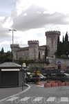 Цитадель. Если верно запомнил - замок герцога Анжуйского. Похожий есть в Неаполе.