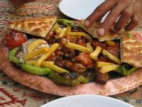 обед в маленькой турецкой кафешке