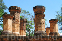 Тямские башни По Нагар