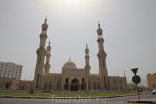 город Дибба, почти граница с Оманом