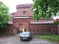 Башня Дер Донна оборонительного форта Кёнигсберга, сейчас музей янтаря.
