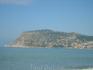 Вид с пляжа на крепость.