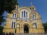 Владимирский собор расписывали Нестеров, Васнецов, Врубель и другие художники. особенность - расписан каждый сантиметр стен и потолка.