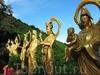 Впечатляющий монастырь 10000 Будд в Гонконге