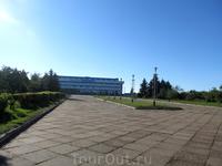 """Дворец спорта """"Полет"""" расположен рядом с мемориалом Славы"""