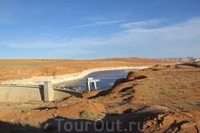Водохранилище Пауэлл — искусственный бассейн на реке Колорадо, расположенный на территории американских штатов Юта и Аризона.