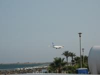 а из нашего окна...:) П.С. этой кипрсокй авиакомпании уже нет, банкроты (((