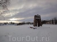 """Орша, детинец. На мсесте памятного знака """"1967 лет"""" некогда возвышался Оршанский замок."""