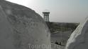 Вид с крепостной стены на водонапорную башню.