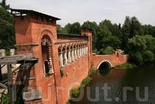 Готический мост.