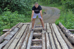 пару раз пришлось проехать по двум самодельным бревенчатым мостам
