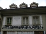И здесь попадаются расписные дома, но, правда, не такие красивые как в Штам-ан-Райне