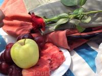 фрукты, цветы,море,солнце и песок... что же еще нужно для счастья