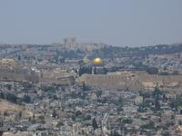 Иерусалим.Храмовая гора —холм в юго-восточной части Старого города, священное место для иудаизма, ислама и христианства.История Храмовой горы начинается ...
