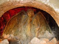 Фрагмент памятника Лермонтову. Демон.
