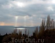 ....и с неба - несказанный свет!....