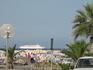 круизный лайнер, не думала, что такие пользуются спросом у самих киприотов )) оказалось, что летом они плавают на 2-3-5-7 дня на таких в Египет, в Грецию ...