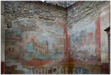 сохранившиеся фрески (название места не знаю...)