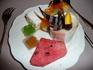 Бангкок. Ужин в ресторане Байок Скай на 82 этаже. Кулинарные шедевры: на завитке шоколада изображены ноты )))